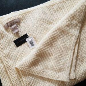 Banana Republic Italian Yarn Blanket Scarf